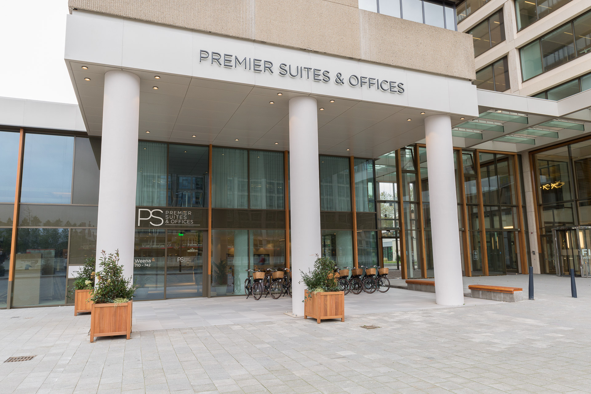 Exterior front view of PREMIER SUITES PLUS Rotterdam