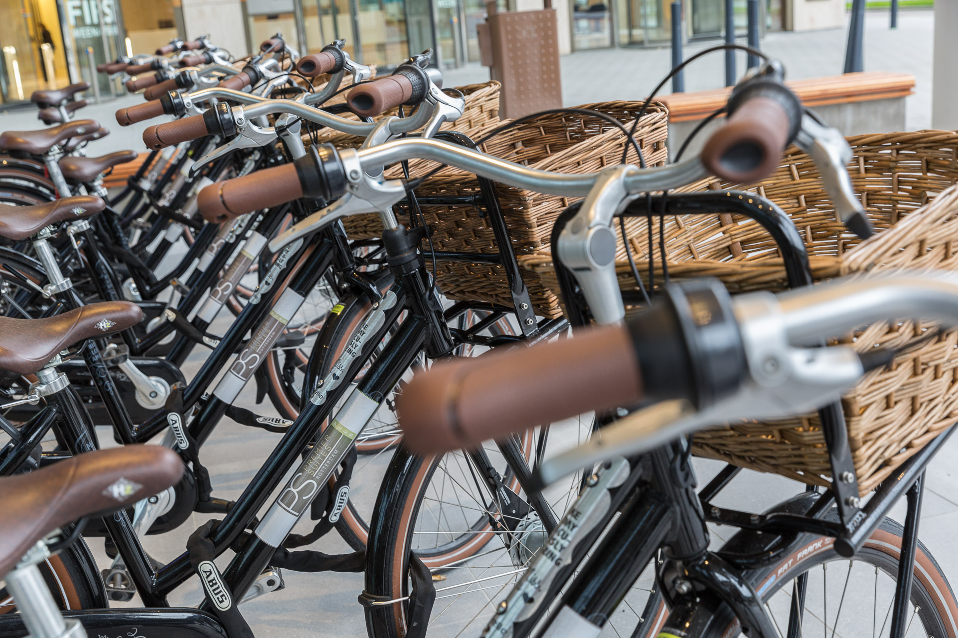 Bikes for rent at PREMIER SUITES PLUS Rotterdam